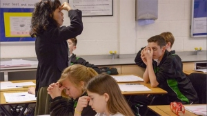 http://shanghaiist.com/2015/08/05/bbc-documentary-chinese-teaching-style-british-schools.php